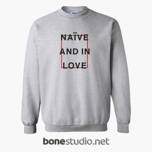 Naive And In Love T Shirt sport grey