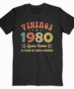 Vintage 1980 Clothes 40 Years Old Retro 40th Birthday Gifts T-Shirt