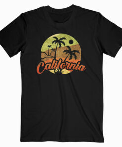 California Retro Surf Vintage Surfer Surfing Distressed T Shirt