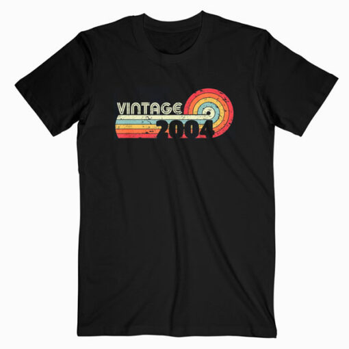 16th Birthday Gift Classic Vintage 2004 T-Shirt