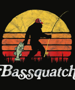 Bassquatch Funny Bigfoot Fishing Outdoor Retro T Shirt