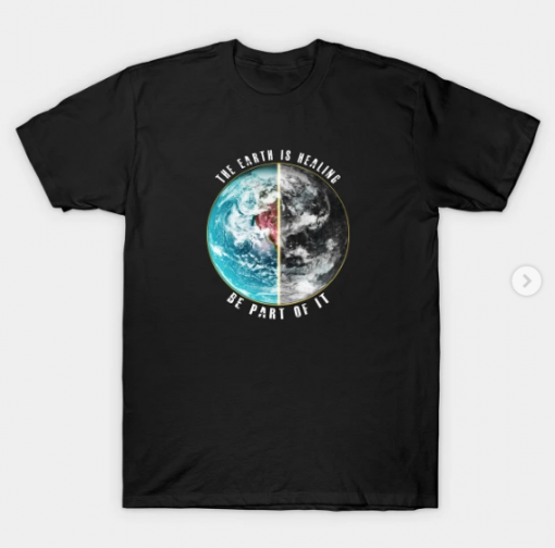THE EARTH IS HEALING T-Shirt black for men